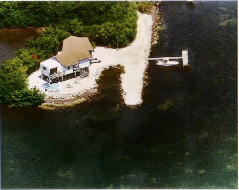Vacation Home Rentals with Boats at Conch Marathon Keys